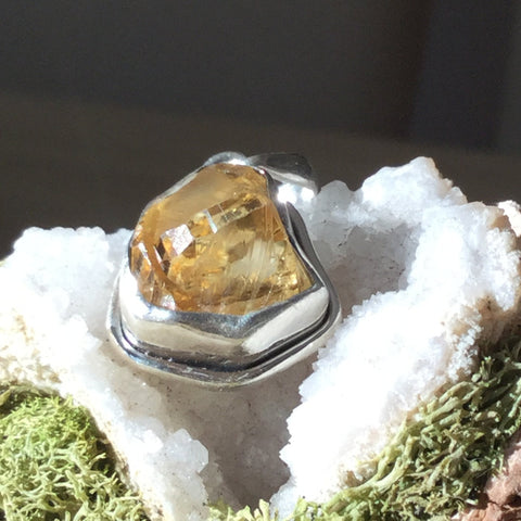 Citrine rough rock