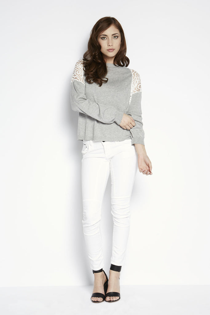 713 Cropped Skinny Jean