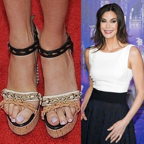 celebrities with bunions teri hatcher feet calla shoes