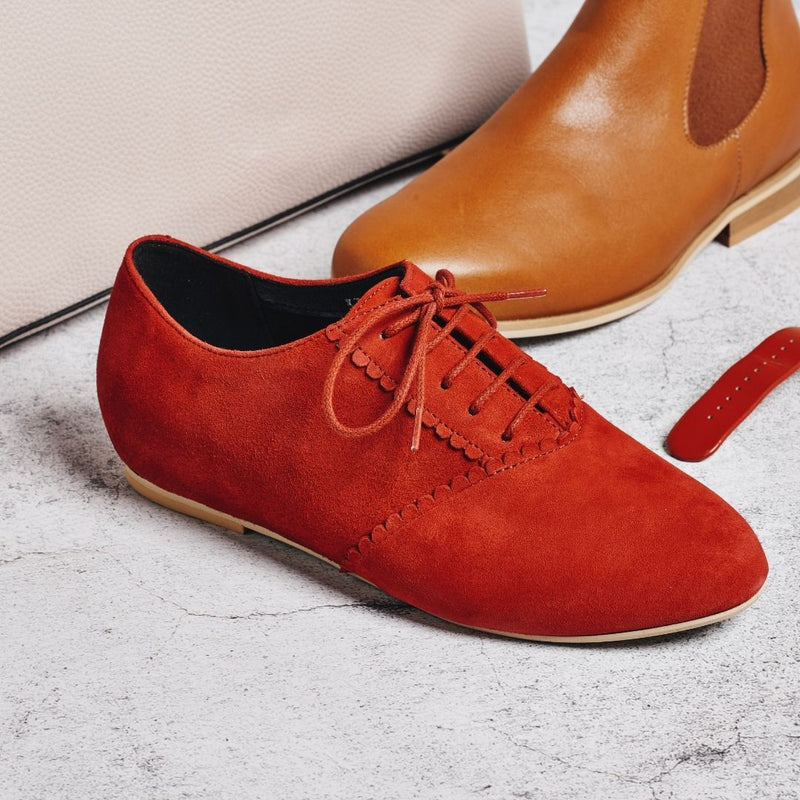 aster red suede brogue close up