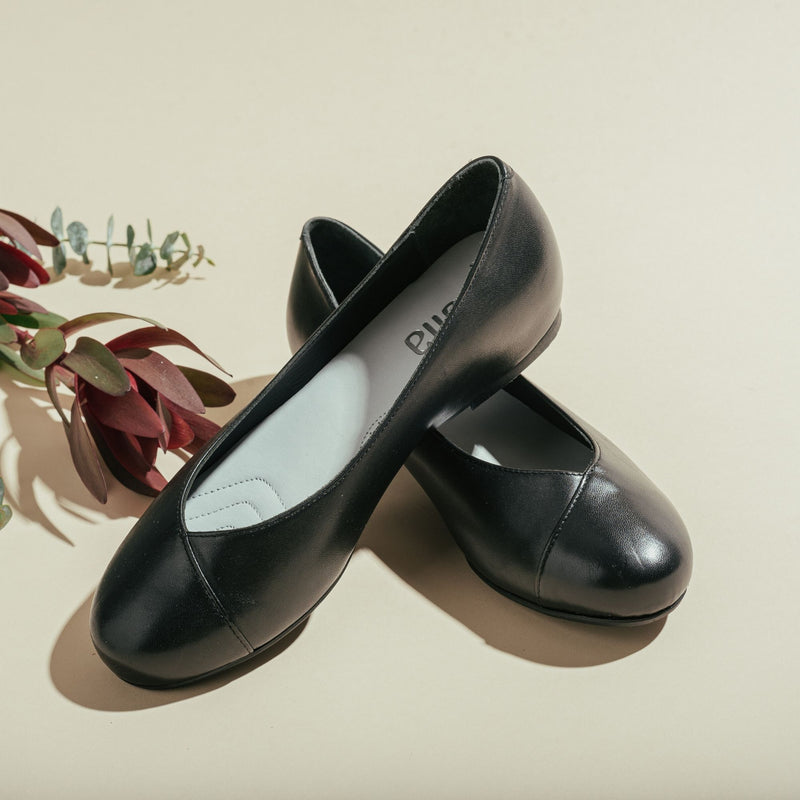 black leather flat shoes for bunions