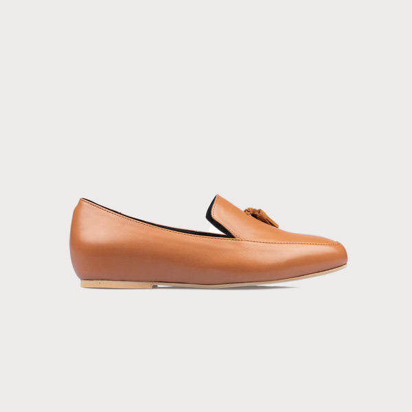 tan loafer side view