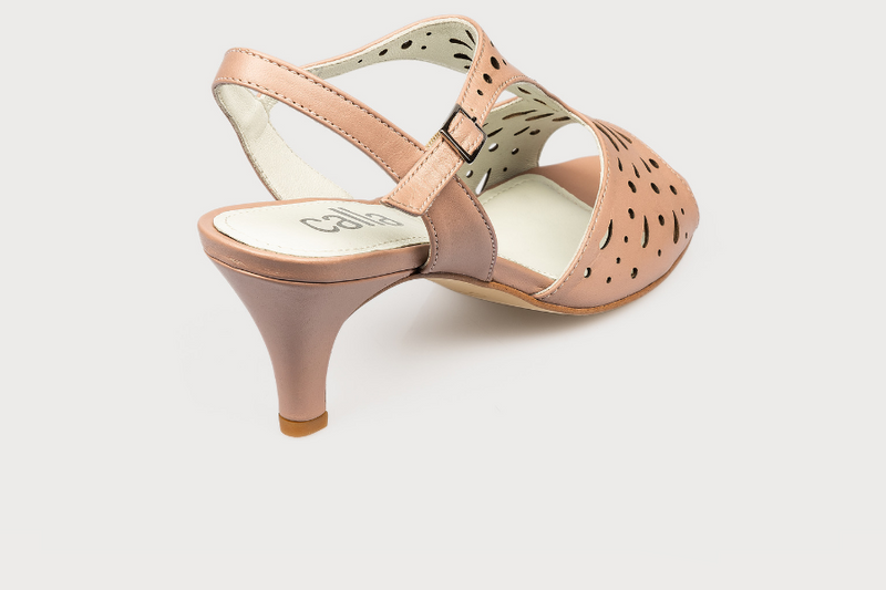 fashionable wide fit kitten heel sandals for women who suffer from bunions pink leather