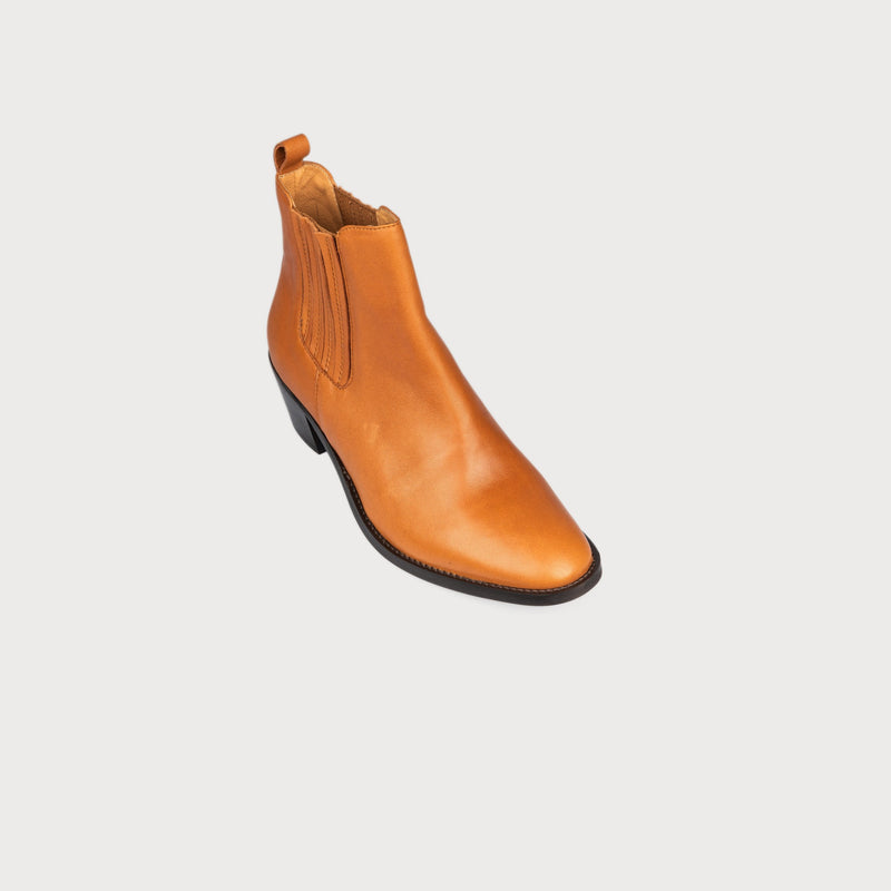 tan chelsea boots bunions wide feet comfortable stylish