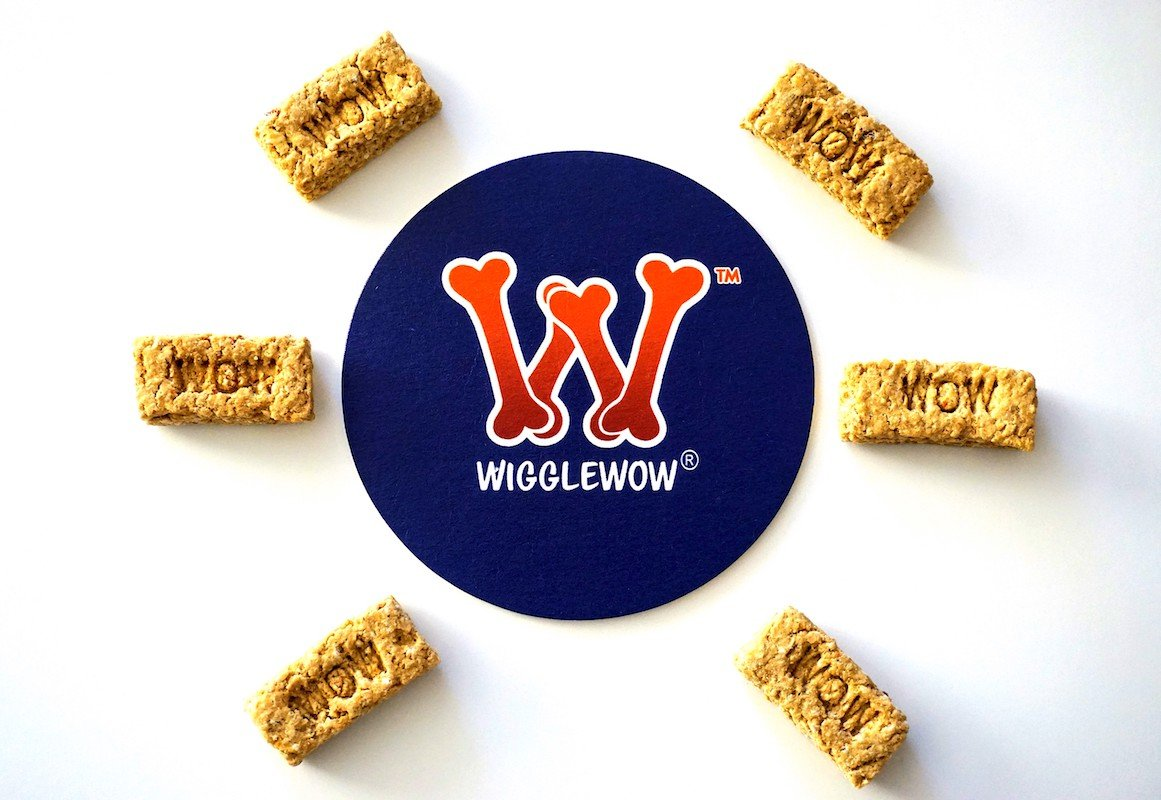 Wigglewow All-Natural Oat-Bacon Dog Treats