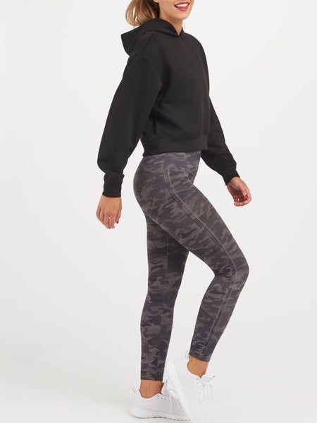 Look At Me Now Seamless Leggings in Heather Camo