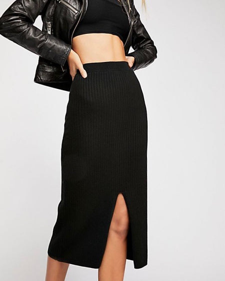 London Midi Skirt in Black Daisies