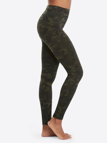 Look At Me Now Seamless Leggings in Green Camo