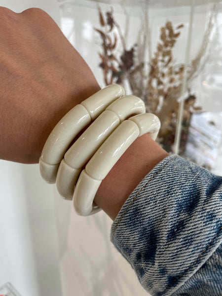 The Sutton Solid Acrylic Bracelet in Bone