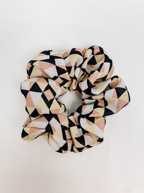 Going Geometric Scrunchie