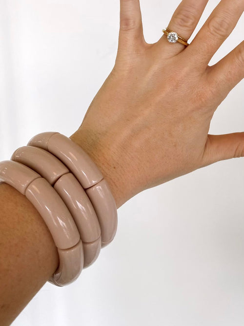 The Sutton Solid Acrylic Bracelet in Putty