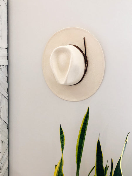 World Traveler Panama Hat