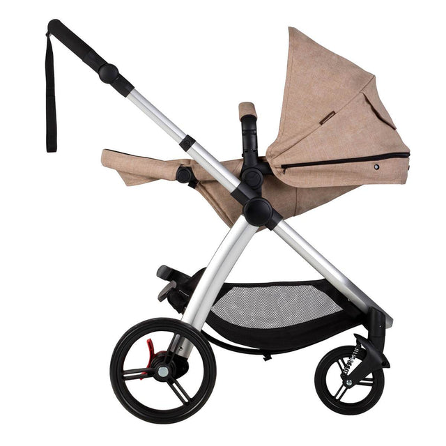 Mountain Buggy cosmopolitan 4 wheel modular buggy in parent facing seat in lie flat mode in colour mocha_mocha