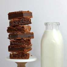 Load image into Gallery viewer, Artisan's Choice Fudge Brownie Mix 2.5kg - The Artisan's Choice