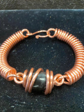 Load image into Gallery viewer, Copper crystal bracelet
