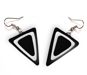 Womens earrings with triangle shaped dangles in black and white