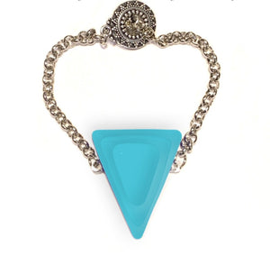 Womans bracelet with triangle blue center