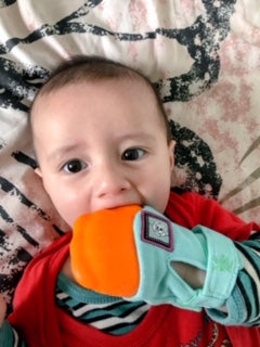 Yummy Mitt - Teething Glove