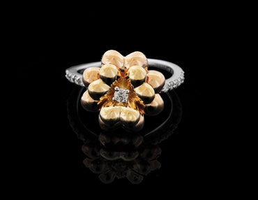 Diamond Rose Gold Flower Shape Ring in 18 Karat
