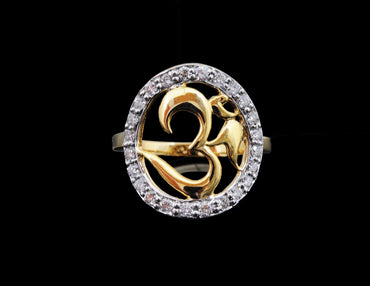 Diamond Ring 18 Karat With Om