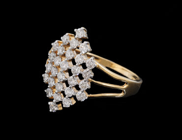 Diamond Gold Ring with Single big Stones in 18 Karat