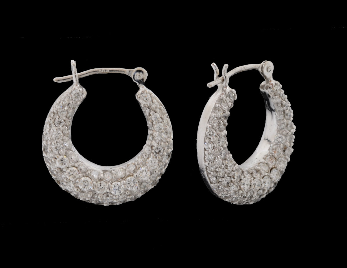 Diamond White Gold Hoop Earring 18 Karat