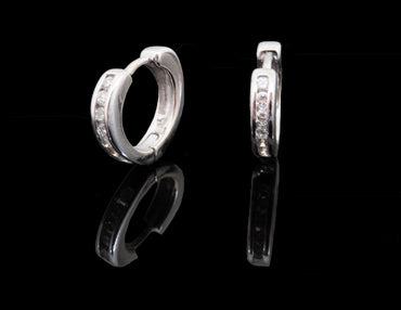 White Diamond Hoop Earring 18 Karat