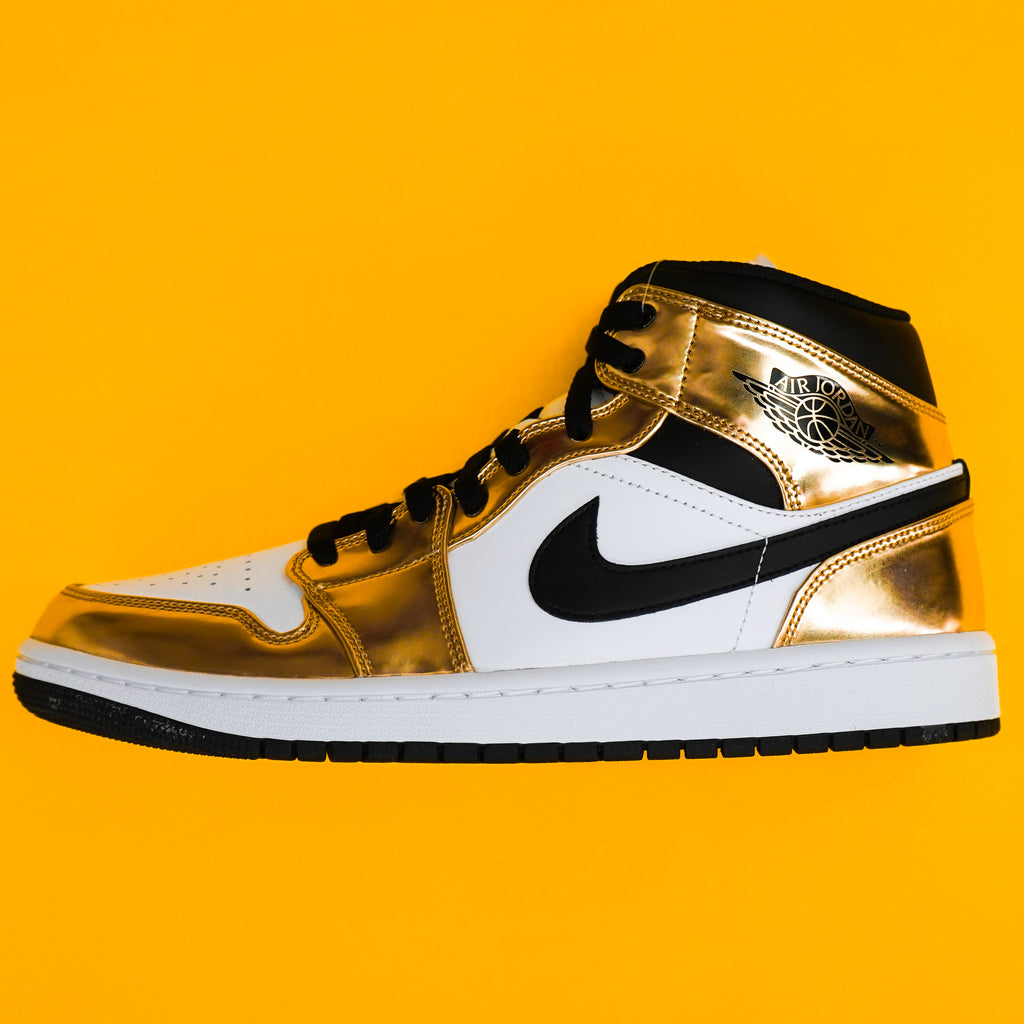 "Jordan 1 ""mid"" Metallic Gold"