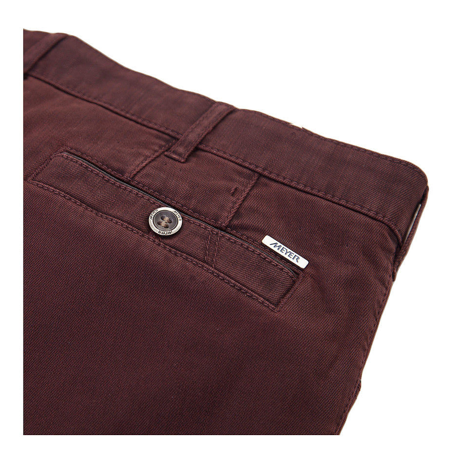 New York Flamme Chinos for Men in Mulberry