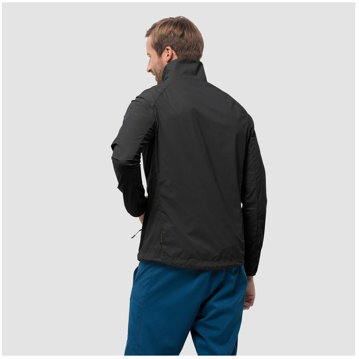 Terra Trail Wind Jacket for Men in Black