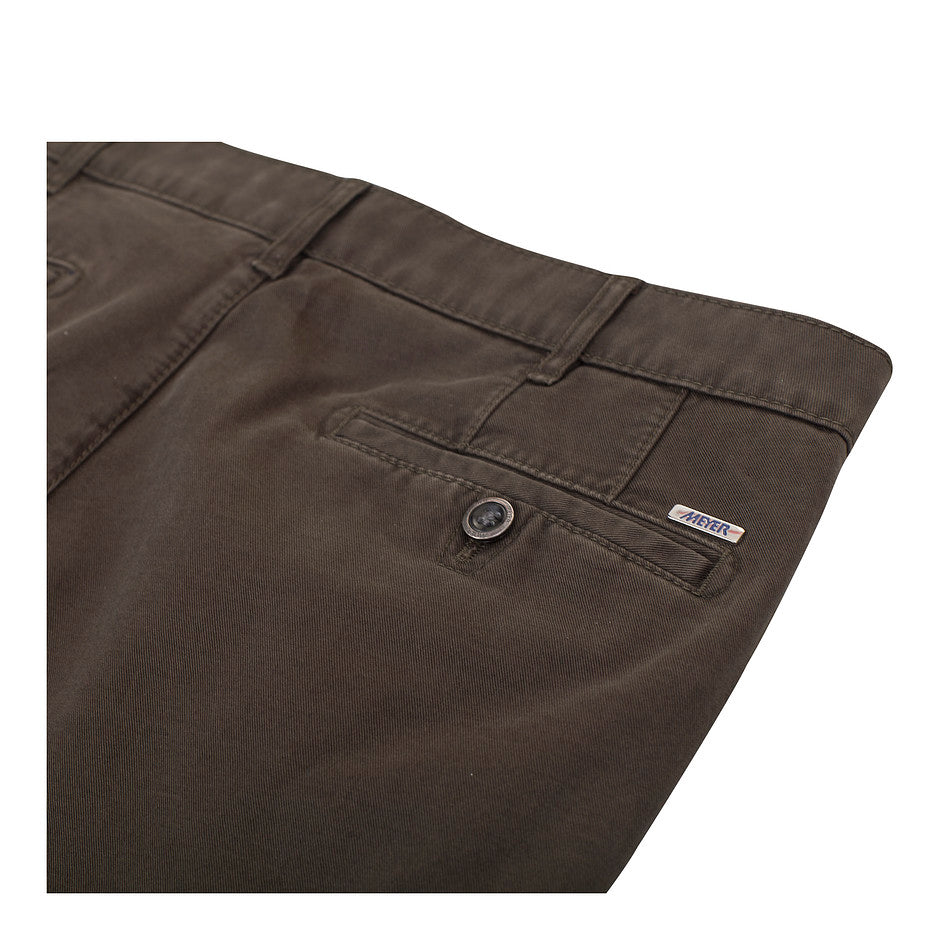 Roma Dream Finish Chinos for Men in Olive