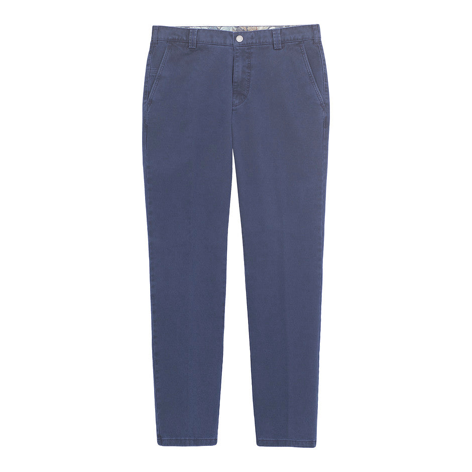 New York Double Dyed Chino for Men in Blue