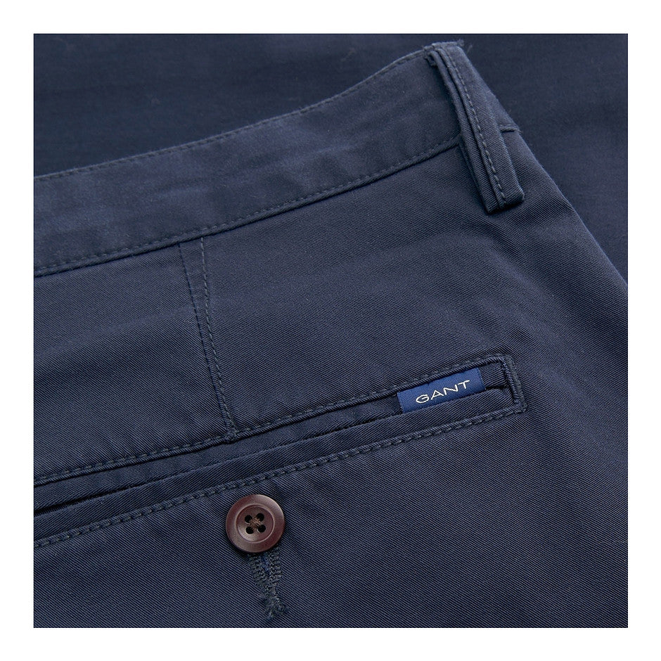 Slim Twill Chino for Men in Marine Navy