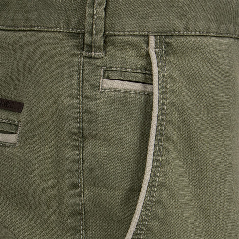 Surface Texture Stretch Chino for Men in Green