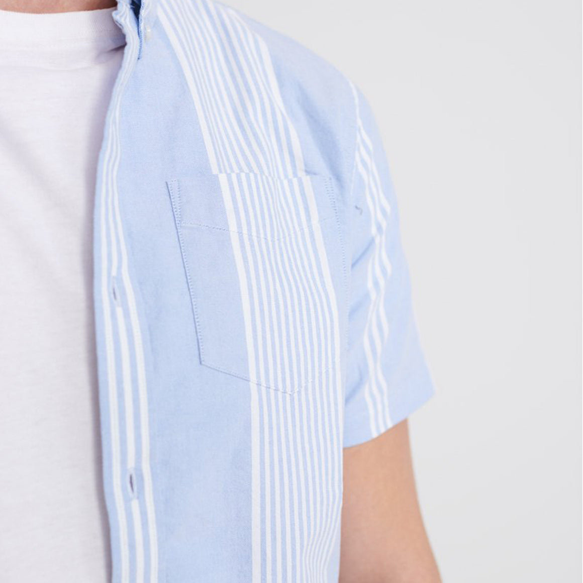 Classic East Coast Short Sleeve Shirt for Men in Blue