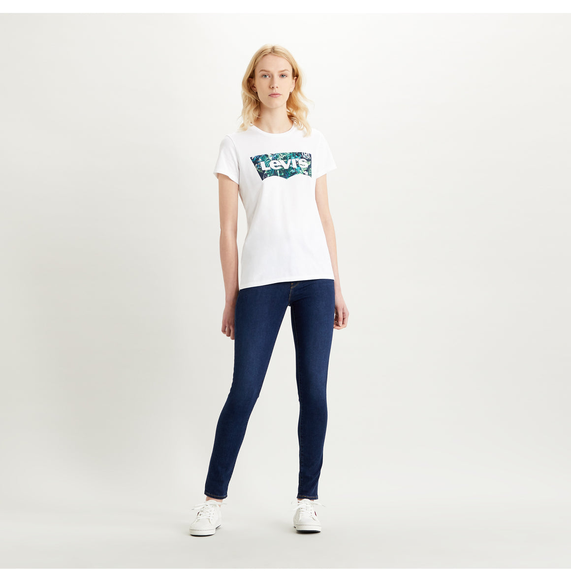 Perfect Tee for Women in Greenery Fill White