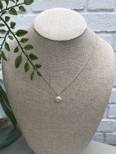 Load image into Gallery viewer, Silver Walberswick Clam Shell Necklace