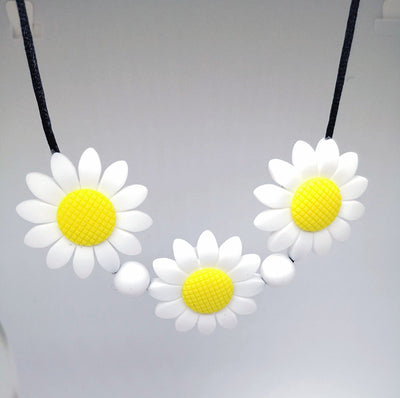 Chewie Necklace - Daisy chain