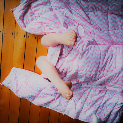 Weighted Blanket in Brainiac Pink