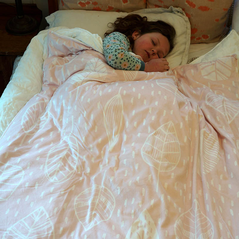 Weighted Blanket in Scandi Leaf Pink
