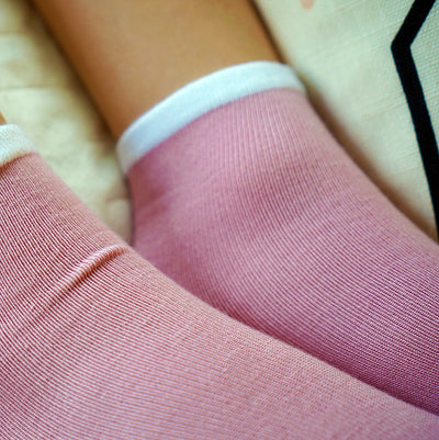 Sensory Sam Seamless Socks-Rose with white band