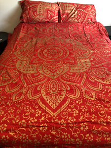 Red and Gold Mandala Flower Queen Duvet Set