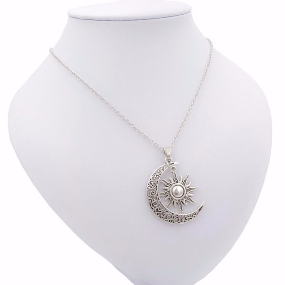jaan-imports - Moon and Sun Elegant Necklace (Bronze or Silver) - Khoobsurat Gift Shop - Necklace