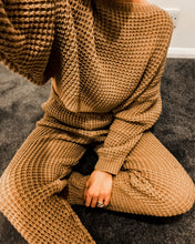 Load image into Gallery viewer, LADIES CHUNKY KNITED LOUNGE SET CAMEL