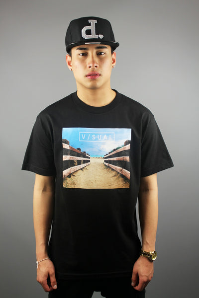 Visual Welcome Crew Neck T-Shirt Black - 4 Seasons Store
