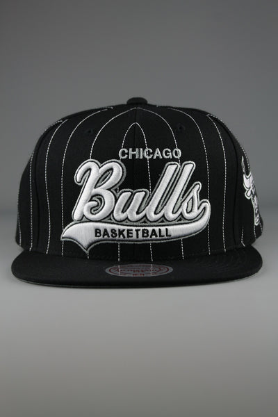 Mitchell & Ness NBA VB04Z Mens Chicago Bulls Black One Size Snapback Hat - 4 Seasons Store