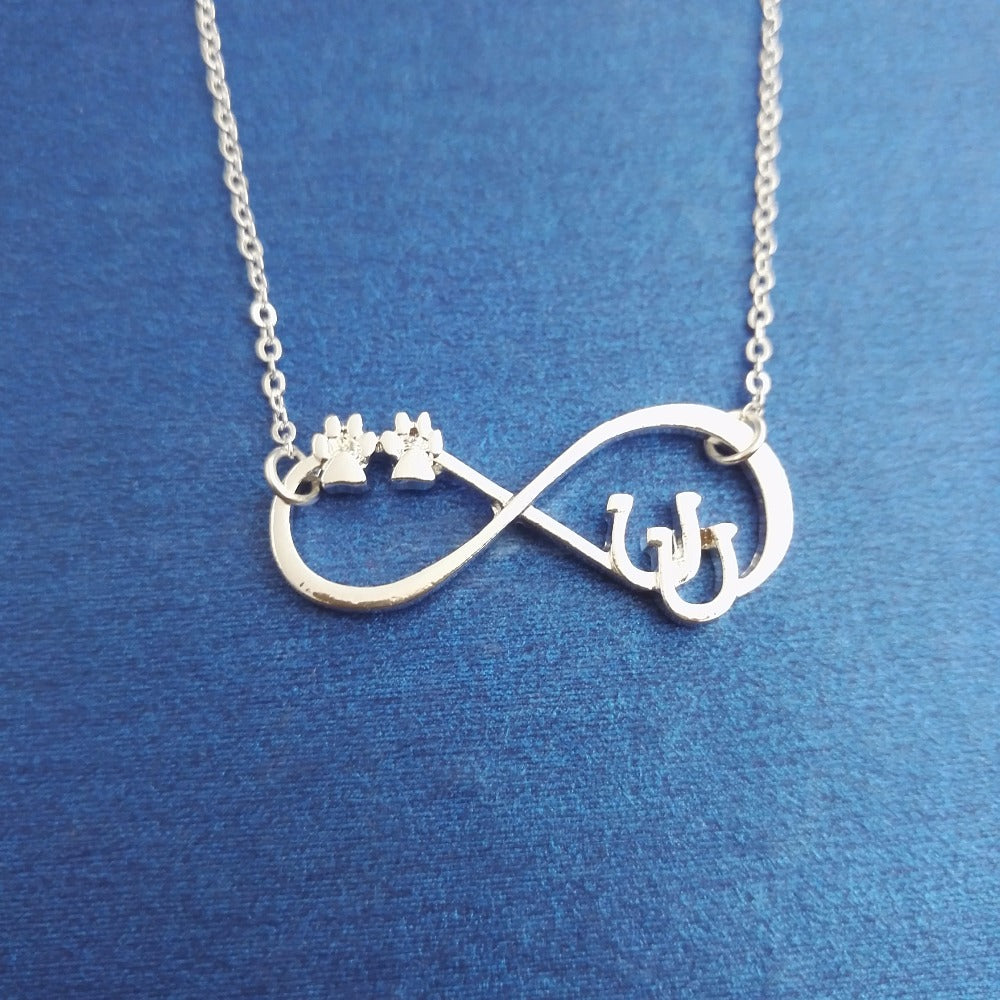 Lucky infinity Double Horseshoe Necklace
