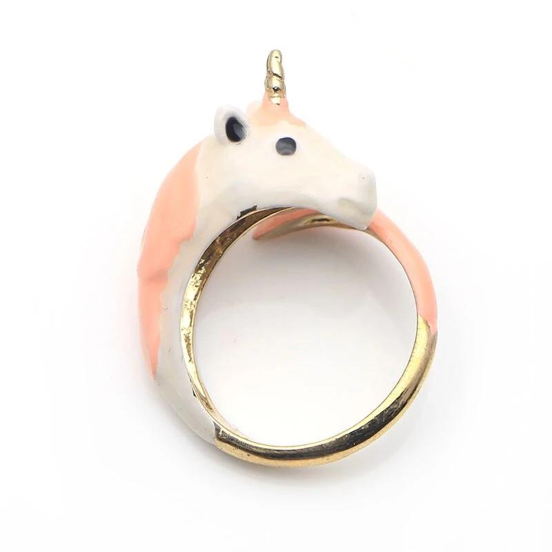 Beautiful Little Horsey Ring