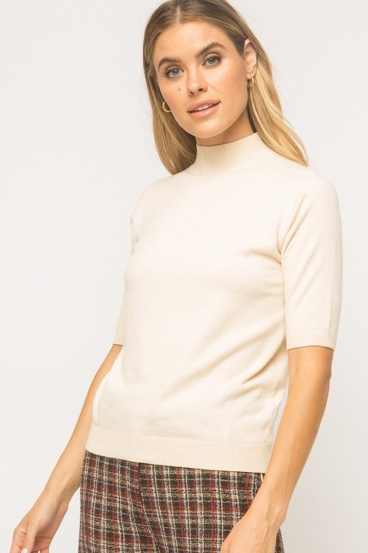 Mystree Short Sleeve Pullover Sweater