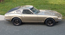 Load image into Gallery viewer, Set of 4 Reproduction 240Z Kobe Seiko Competition Works Rally-Mag Wheels